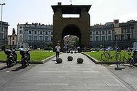 250px-Piazza_Beccaria.jpg