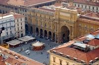 piazza-repubblica-florence.jpg