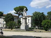 Piazza-Savonarola-Firenze.jpg.JPG